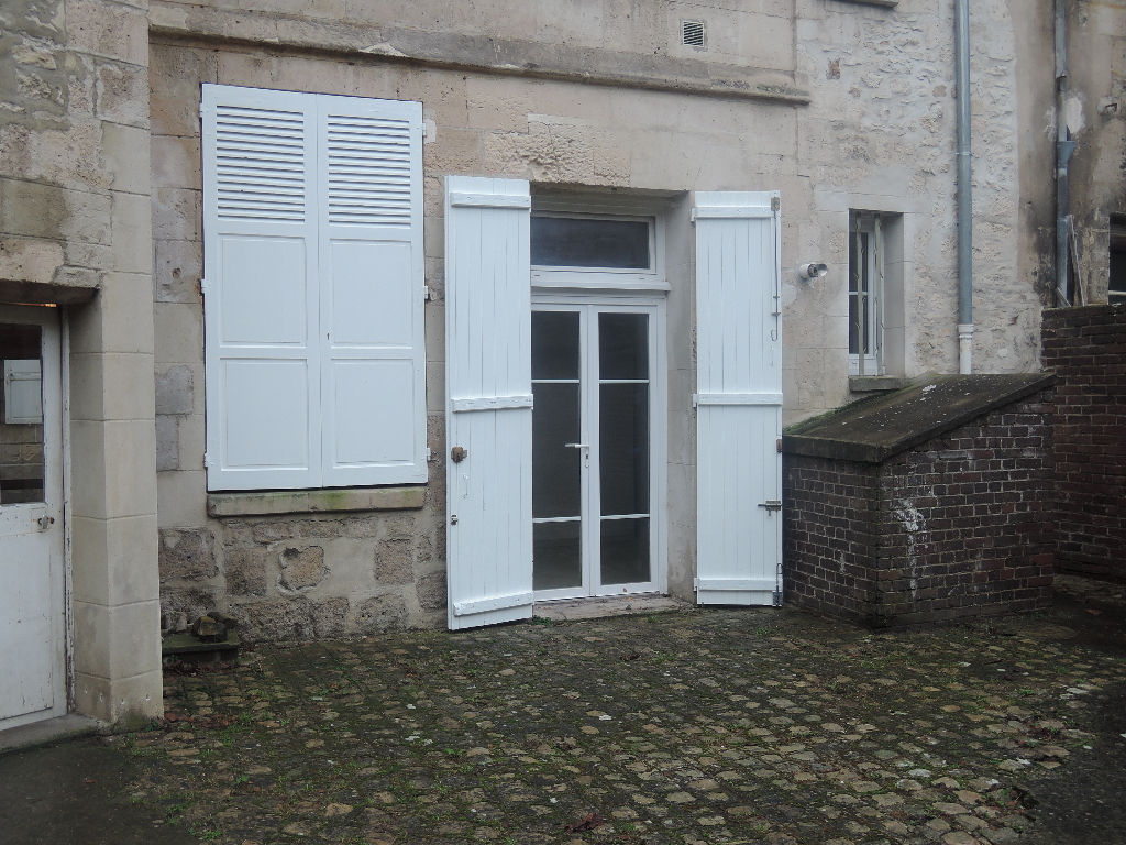appartement-crepy-en-valois-2-piece-s-34-m2