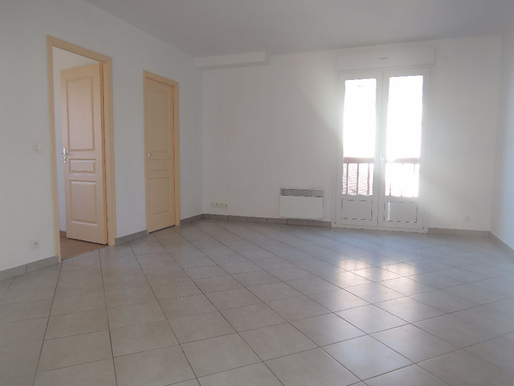 5min-crepy-en-valois-appartement-2-piece-s-45-6-m2